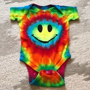 Other - 3/$10 Baby Tie Dye Bodysuit